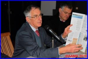 Dominique Abadie lors de la réunion des guides en 2014. Il s'occupe aussi du groupe des traducteurs de l'AAMA.