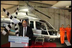 Le ministre a apporté son soutien au Musée de l'Air lors de son discours.