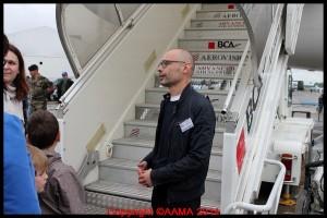 Un de nos nouveaux bénévoles à l'entrée du Boeing 747.