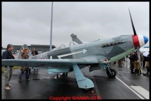 Un Yak 3 de la Ferté. Le public pouvait vraiment les toucher.