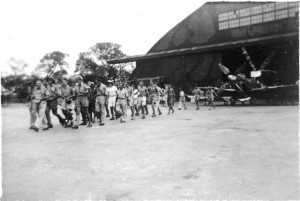 Livraison du 20è Spitfire au GC II/7 à Saigon en février 1946 (SHD Air)