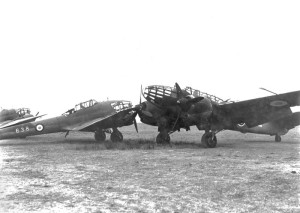 2014 Potez 63 et un Bloch 174-Spitfire-pegase135p18-1aama