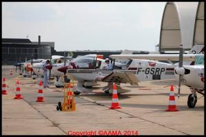 Les avions alignés prêts à recevoir le public.