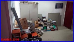 Armoire et tous nos livres et documents