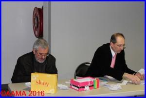 René Protois, bénévole venant de Nancy et François Rivet guide de l'AAMA