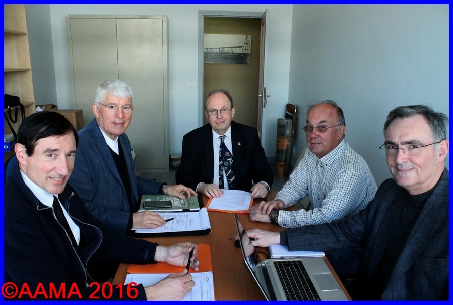De gauche à droite, nos vice-présidents Alain Genter et Jean-Pierre Lopez, notre président François Chouleur, notre trésorier adjoint Pierre Gain et Alain Rolland notre secrétaire général