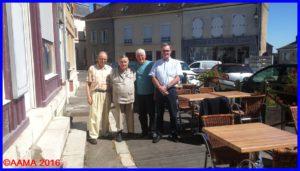 François Chouleur, Claude Poireau, Jean-Pierre-Lopez et Alain Rolland à la pause déjeuner bien méritée