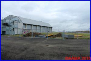 """L'emplacement du hangar """"Bois et toile"""" à côté du hangar Bermuda"""