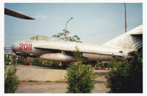 MiG-17 n° 2011